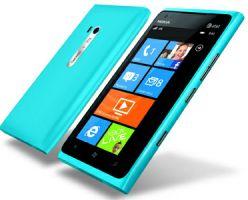 Каждый покупатель Nokia Lumia 900 получит компенсацию в $100