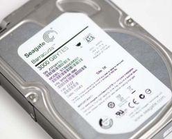 Новый скоростной HDD от Seagate: Barracuda ST3000DM001 объемом 3 Тбайт.