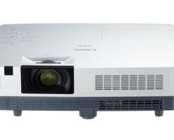 Четыре  ЖК-проектора от Canon по  цене от $599