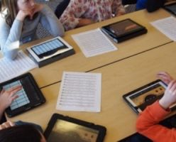 Каждому школяру Таиланда — по планшету