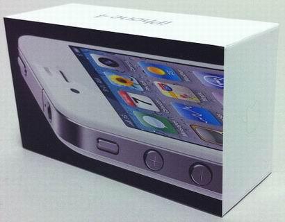 Белоснежный iPhone 4 уже в магазинах России