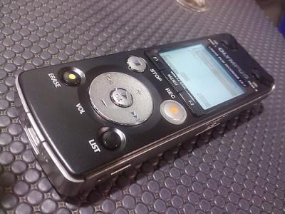 Olympus LS-3 диктофон запишет звук высокого качества