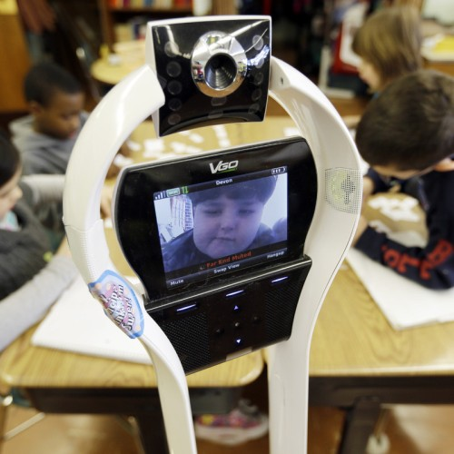 Робот VGo